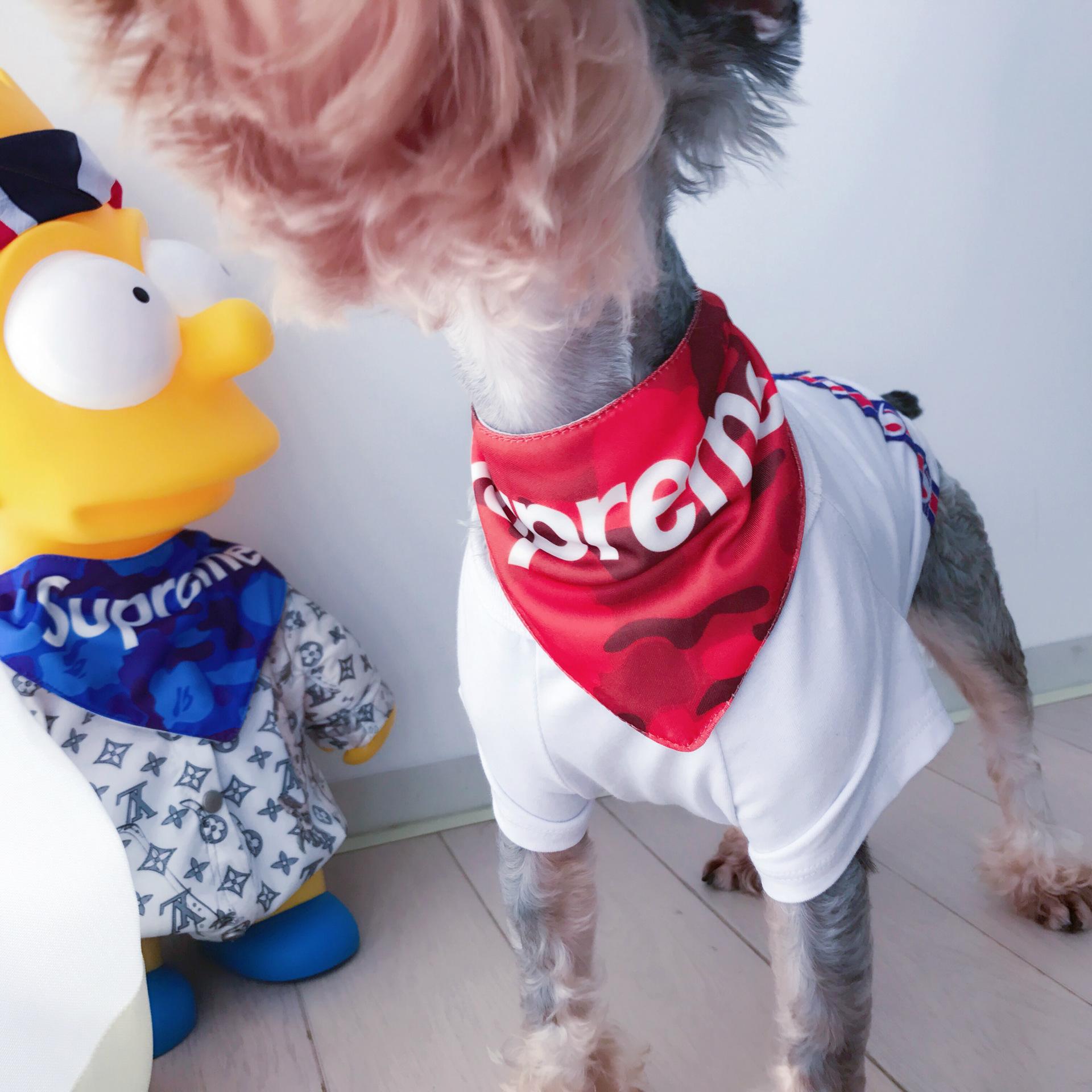 シュプリーム 犬のスカーフ