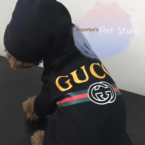 グッチ 犬服